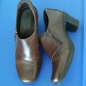 Clark's Bendables Zippered Leather Shoe Boots